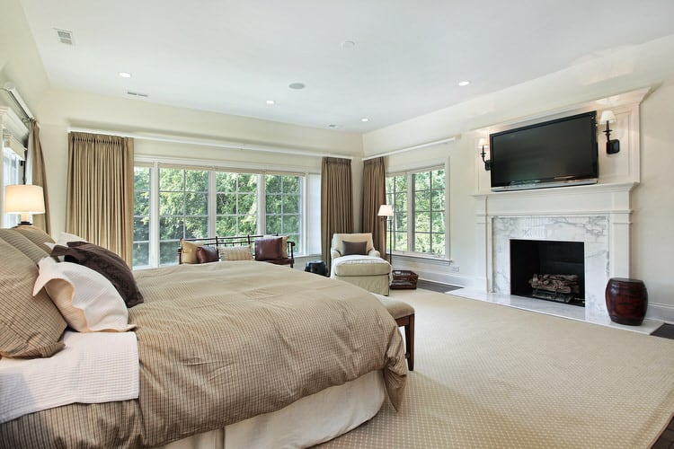 Jump Into A Sumptuously Dressed Bed, And Youu0027ll Be Living In The Lap Of  Luxury. The Bedding In This Master Bedroom Is The Perfect Example.