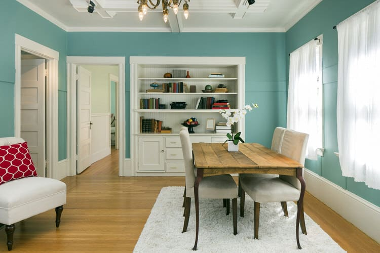 Have Fun With Different Furniture Styles To Give Your Dining Room A Personalized Look Add Bold Color The Like This Gorgeous Turquoise Blue