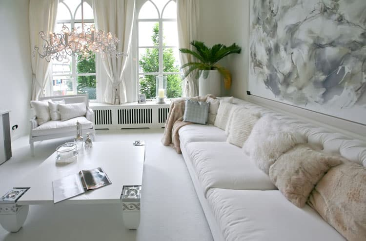 This Living Room Oozes With Vintage Charm. The White Walls, White  Furnishings And White Window Treatments Work Together To Create A Room That  Is Serene And ... Part 60