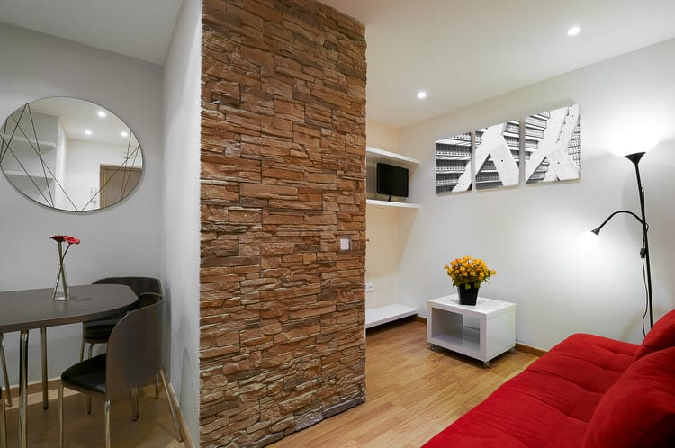 For Small Spaces Consider Using Stone On Only A Portion Of A Wall. Applying  Stone To An Entire Wall Can Be Overpowering In A Diminutive Living Space.