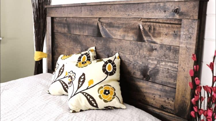 This headboard has an amazing rustic appeal. It builds great depth while providing rich colors and textures to a room. This kind of headboard would fit perfectly in nearly any design.