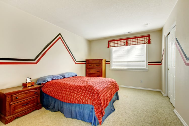 Complementary Colors In A Bedroom Create Bold Look But You Can Easily Tone Things Down This E The Homeowner Used Combination Of Red And Blue