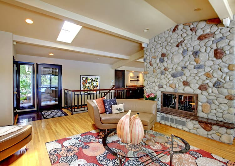 If You Love The Old World Character Of Cobblestone, Use It To Frame Out  Your Fireplace Wall.