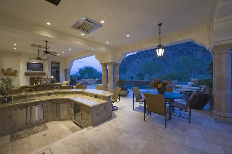 32 Spectacular Outdoor Kitchens Pictures
