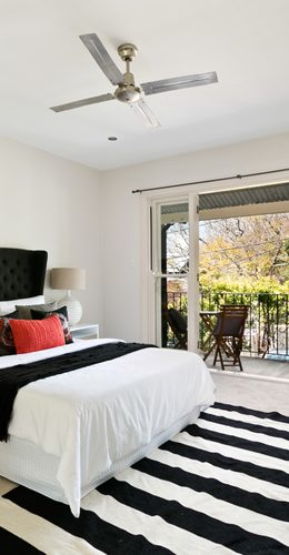 38 Black and White Bedrooms